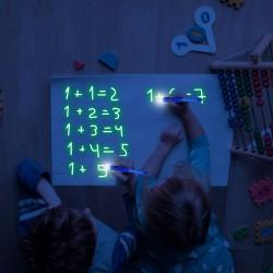 Kresliaca svietiaca tabuľka A4