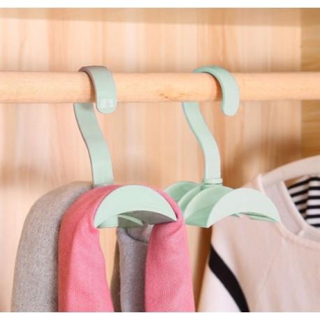 Praktický vešiak do skrine - ružový